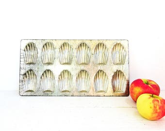 Vintage French 90 Madeleines Pan