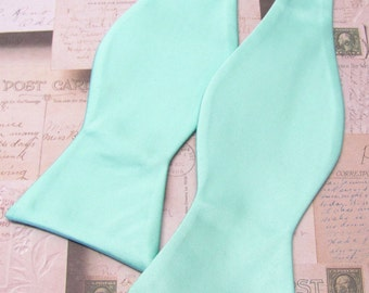 Mens Bowtie. Freestyle Pastel Mint Green Bowties. Pale Mint Self Tie Bow tie With Matching Pocket Square Option