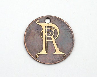 Copper letter R charm, small flat round handmade etched metal jewelry supply, 22mm