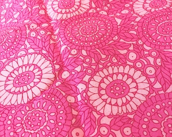 2.6 YARDS OOP Pink on Pink Daisy Fabric Mod Flower Flowers Daisies Hippie Flower Power