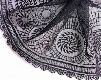 Great lace embroidery black refined pattern Baroque L 18 CM