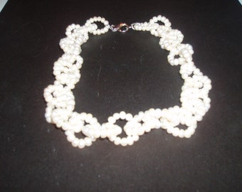 Beautiful Link Cultured Pearl Necklace