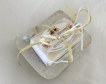 Soap Dish Gift Set  Gift, Handmade Soap, Ceramic Soap Dish, Bird Soap Dish, Mother's Day Gift, Hostess Gift, Teacher Gift, Thank You Gift