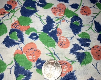 "Vintage Full Unopened Feedsack Fabric Strawberry and Leaf Design 43 1/2"" x 36 1/4"""