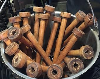 Vintage Wooden Sewing Spindles / Spools