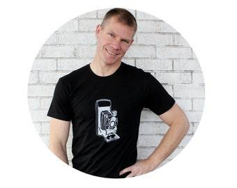 Camera Shirt, Unisex Clothing, Black Tshirt, Short Sleeved Crewneck Graphic Tee Shirt, Screenprinted tee shirt Photographer Gift Photography