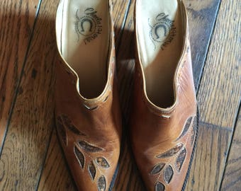 Vintage Charlie 1 Horse Slip On Boots Shoes Womens Size 7B