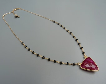 Ruby Pendant Necklace,Gold Ruby Necklace,Dainty Ruby,Rosary Chain Necklace,Black Spinel Necklace,Pink And Black,July Birthstone Gift For Her
