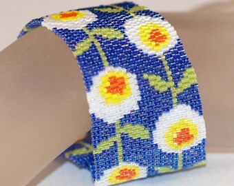 Daisy Chain ... Peyote Bracelet . Beadwoven Cuff . Spring Flowers . Whimsical . Bright . Royal Blue . Sunny Yellow . Snow White . Lime Green
