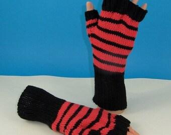 HALF PRICE SALE Instant Digital File Pdf Download knitting pattern-  Easy Stripe Short Finger gloves pdf download knitting pattern
