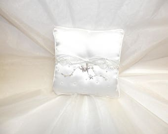 Simply Charming Ring Bearer Pillow