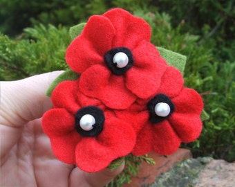 Red Poppy Brooch Three Poppies Felt Brooch, Red Poppy Pin, Felt Poppy Trio Jewelry, 8cm Large Brooch Made to Order
