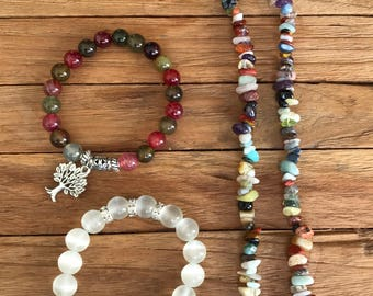 Necklaces and Bracelets with natural stones