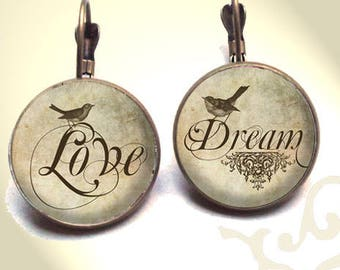 Printed dream under glass dome NECKLACE