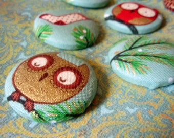 Christmas Owl Buttons - Fabric Covered Buttons - Stockings Candy Canes and Evergreens Buttons - Set 1 of 2 - Holiday Woodland Bird Buttons