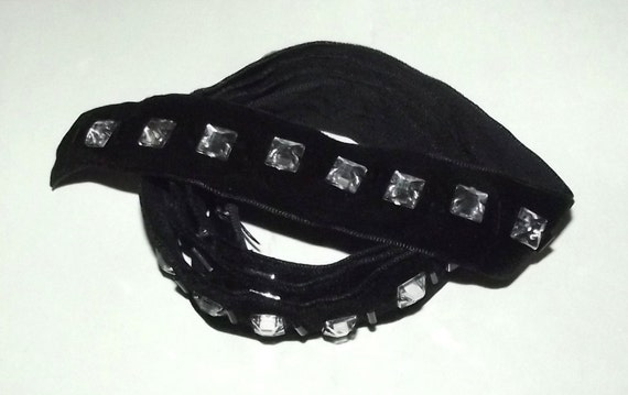 "Puppy Bows ~ ribbon craft supplies  7/8"" x 1 yard black square rhinestones velvet trim"