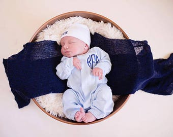 Baby boy coming home outfit, Baby boy gift, newborn boy photo outfit, newborn clothes, personalized blanket, Monogrammed converter gown,