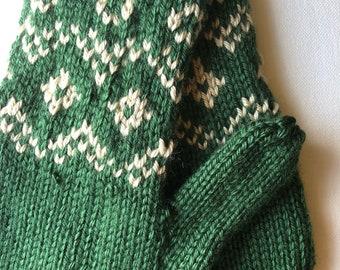 Green Knit Mittens - fair isle design mittens - green and tan classic mittens