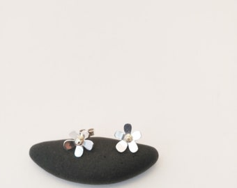 sterling silver flower studs set with 9ct gold