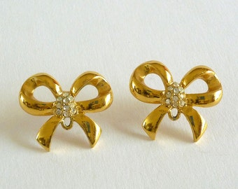 Gold Tone Rhinestone Ribbon Earrings Signed  WD