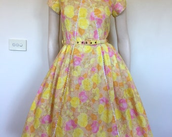 Cute Vintage 50s 60s Butter Yellow and Pink Rose Print Party Dress / Full Skirt / Medium Large