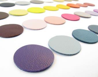 Lot 8 round diameter 2cm color plain leather