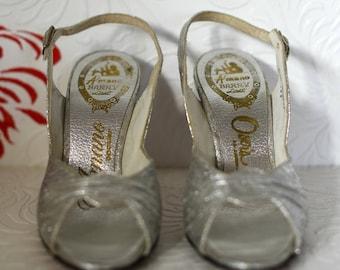 Vintage Silver Slingbacks | Silver Peep Toe Heels | Silver Strappy Heels | Silver Pumps | Silvery Sparkly Heels | Silver Open Toe Heels | 5M