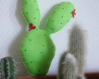 Cactus in felt
