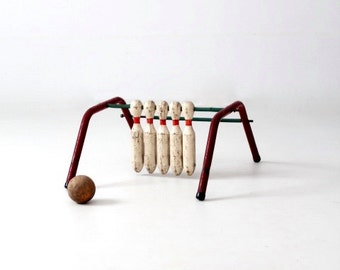 vintage bowling game, Five Pins by Mansfield Zesiger Mfg Co. circa 1950