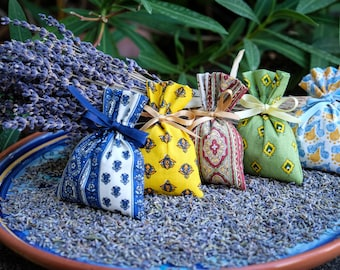 Lavender Bags - Set of 5 - Lavender Sachets from Provence  - Lavender Gift, Scented Lavender Pillows in French Fabrics