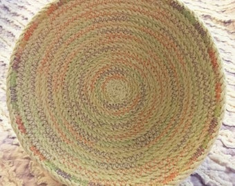 Small clothesline rope bowl with pastel thread