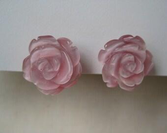 Beautiful Pink Rose - vintage earrings