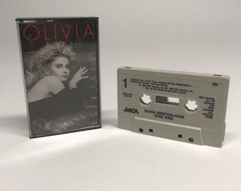 Olivia Newton John  Soul Kiss (1985, Cassette Tape)