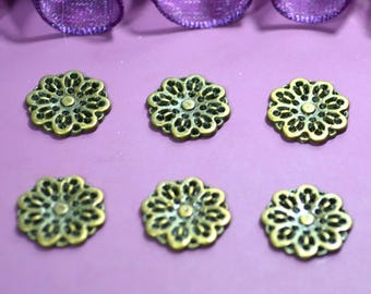 10 small prints flower filigree connector 14mm