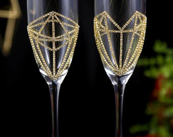 Personalized Toasting Flutes, Geometric Gold Wedding Glasses, Anniversary Gift, Engraved Bling Champagne Glasses for Bride and Groom, 2 pcs