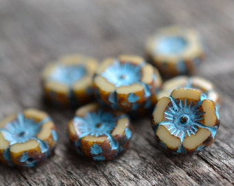 Blue Beige Czech Glass Beads / Rustic 12mm Picasso Flower Bead / Pansy Jewelry Findings