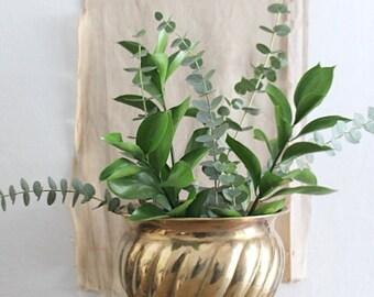 Vintage Swirl Brass Planter