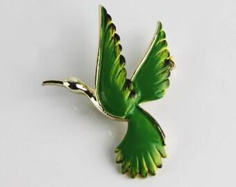 1970s Gerry's Green Bird Enamel Gold Tone Brooch, Bird in Flight Signed Brooch, Figural Pin, Nature Motif