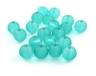 20 round turquoise blue frosted glass 8mm beads