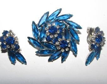 VINTAGE JULIANA Brooch and Earring Set Blue Marquis Stones and RHINESTONES All on Silver Tone Metal  Beautiful