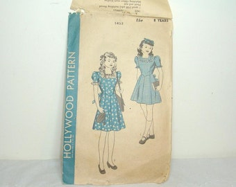 1940's girls dress pattern. Hollywood Patterns, Vintage Sewing Pattern #1423. Girls size 8 Years