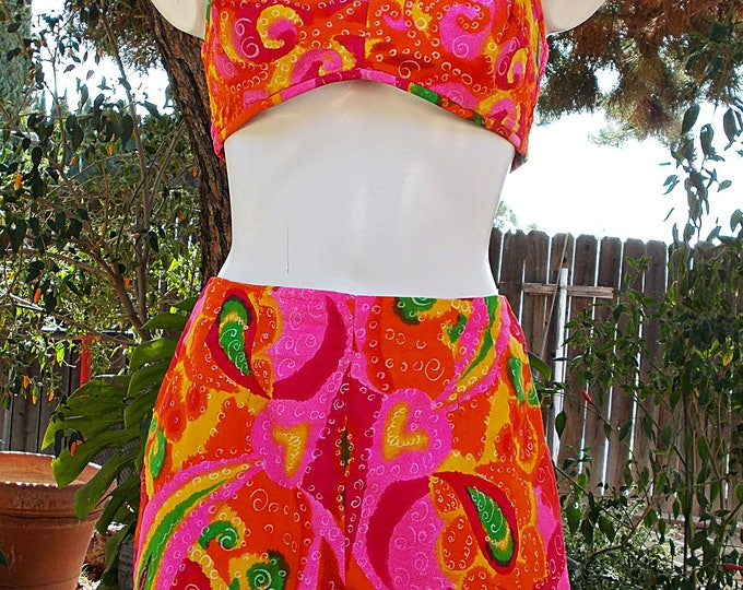 Vintage 60s Paradise Hawaii Pink Orange Green Floral Paisley Pinup Womens Halter Top Playsuit 2 Piece Swimsuit