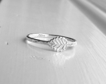 Leaf Ring, Sterling SIlver Leaf Ring, Leaf Stacking Ring, Sterling Silver Stacking Rings, Leaf Jewelry, Falling Leaves, Autumn Jewelry