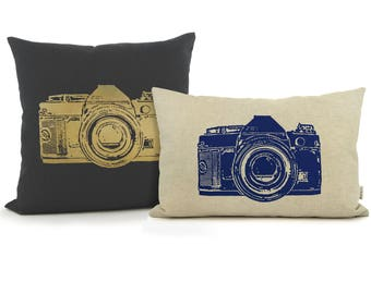Personalized pillow case with vintage camera print in your choice of color and fabric | 12x18 / 16x16 decorative cushion cover | Urban decor