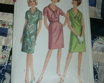 "1960s Simplicity Pattern 6459 Misses Dress in Half Sizes Size 20 1/2, Bust 41"", Waist 35"", Hip 45"""