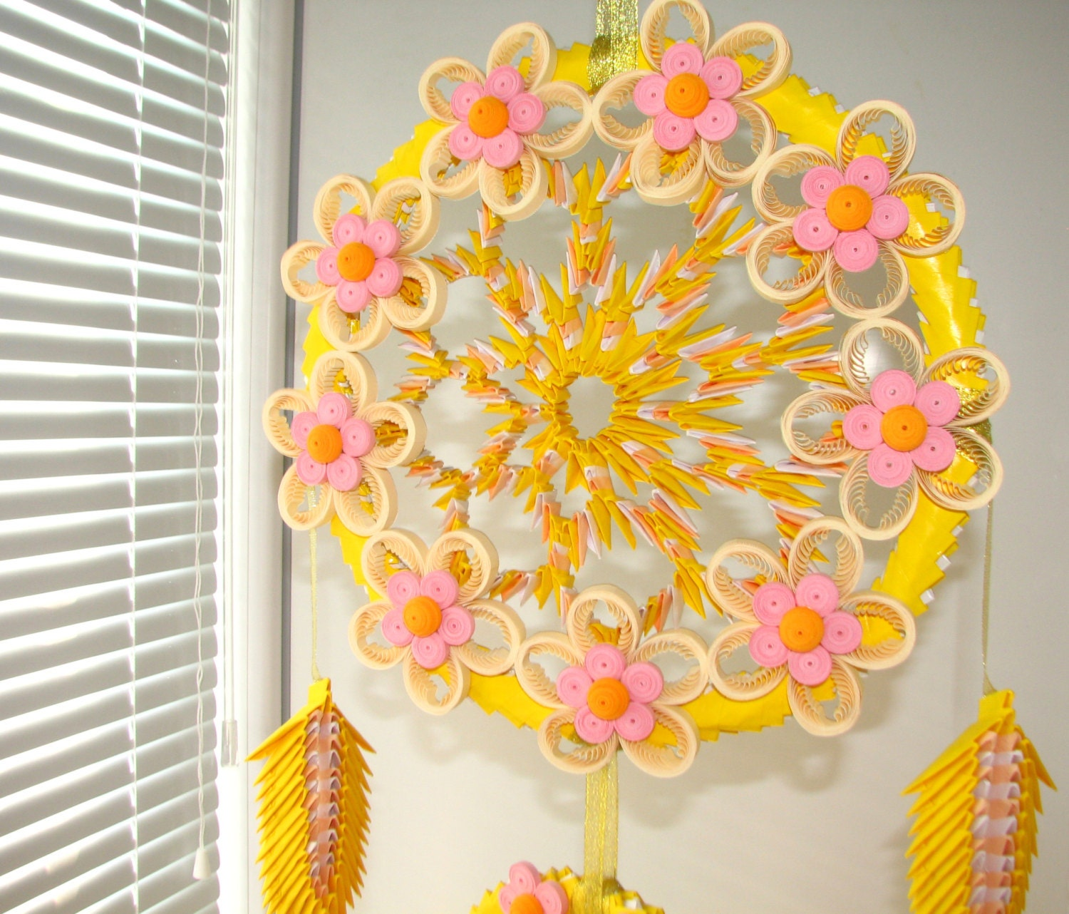 Flowers yellow dreamcatcher origami dream catcher large zoom jeuxipadfo Image collections