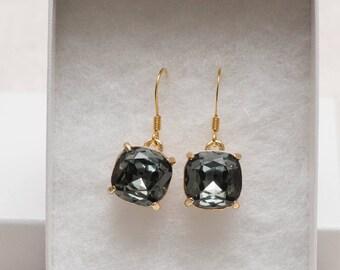 Black or brown rhinestone earrings