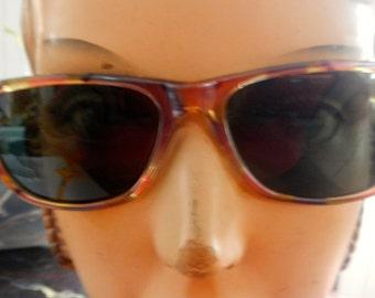 Marci 1980s sunglasses in mottled tortoise  pattern