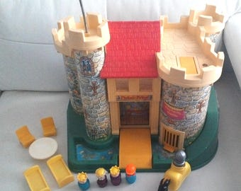 Vintage 1974 Fisher Price Little People Castle 993 with accessories