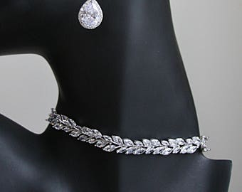 Art Deco Cubic Zirconia Laurel Leaf Pear Drop Earrings Necklace Bezel Setting Bracelet Cocktail Jewelry Best Bridal Jewelry Set